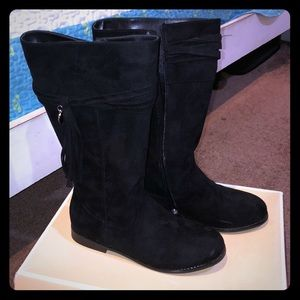 Nice warm black Michael Kors boots!